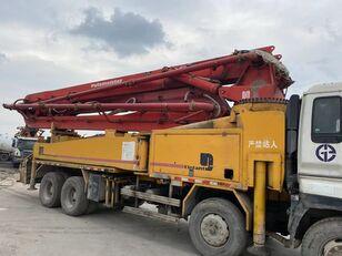 PUTZMEISTER 42m on ISUZU 8*4 truck. 4 booms concrete pump