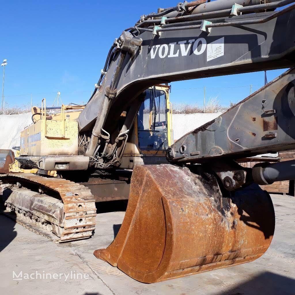 VOLVO Ec-450 tracked excavator