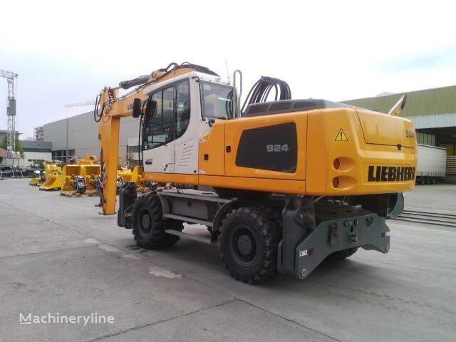 new LIEBHERR A 924EW Litronic wheel excavator